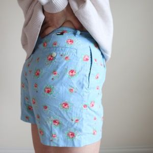 Tommy Hilfiger high rise floral shorts -B6